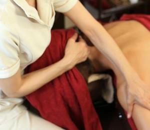 オイルセラピー(筋肉筋膜矯正)